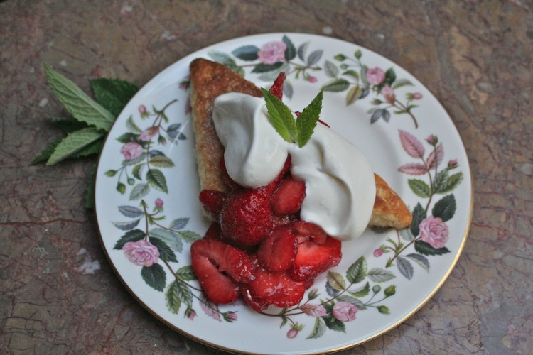 Strawberry Shortcake à la Française