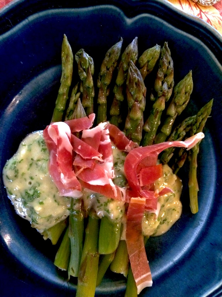 ASPARAGUS WITH HERB SAUCE