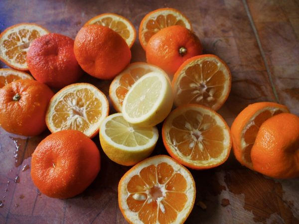 Halve and squeeze the oranges and keep the juice and the seeds, separately.  You need 2 cups; 500ml of juice, so you may need a few more than 3 pounds of oranges.  Reserve the skins from the 3 pounds of oranges; discard the rest or use for another purpose.